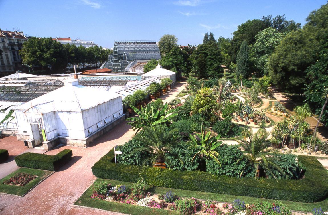 Le jardin botanique du parc de la t te d 39 or lyon france - Jardin botanique de lyon ...