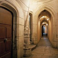 La longue Traboule dans le Vieux-Lyon