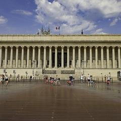 Palais de Justice des 24 Colonnes