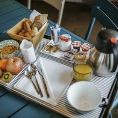 Plateau petit-déjeuner
