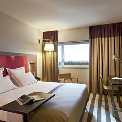 Chambre de l'hôtel Golden Tulip Lyon Eurexpo