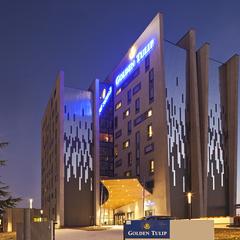 Façade extérieure de l'hôtel Golden Tulip Lyon Eurexpo