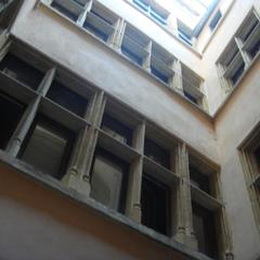 Traboule 9 rue des Trois Maries - 17 quai Romain Rolland
