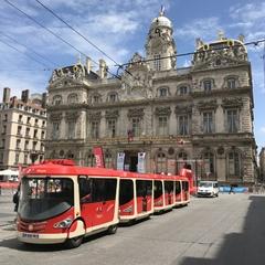 Lyon City Tram aux Terreaux