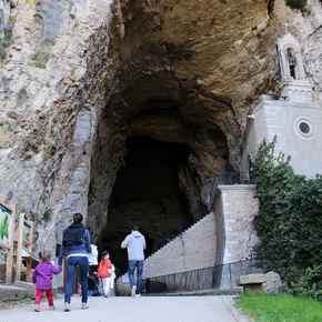 Copyright Les Grottes de La Balme