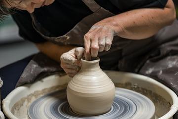 Cours de poterie par sculpTERRE