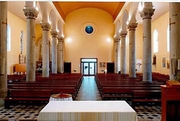 Villeurbanne - église Nativité, intérieur
