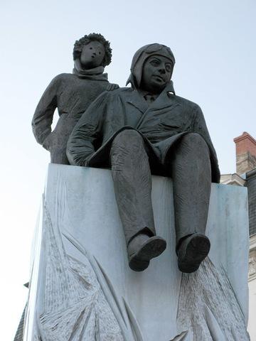statue de Saint Exupéry