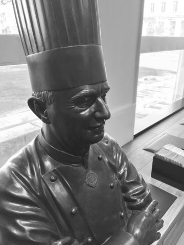 statue Paul Bocuse