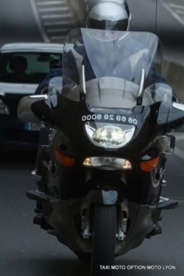 Option Moto Est Un Moyen De Transport Convivial Et Rapide Pour Se Dplacer Ou Visiter Lyon Sa Rgion Autrement Anglais Parl