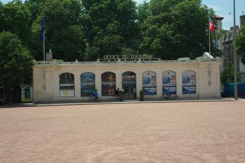 Les pavillons de la place bellecour lyon france - Office du tourisme et des congres du grand lyon ...